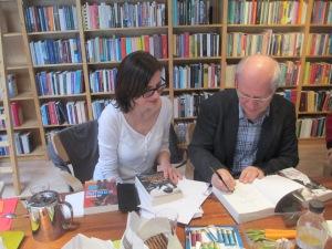 pisarz i jego tłumaczka